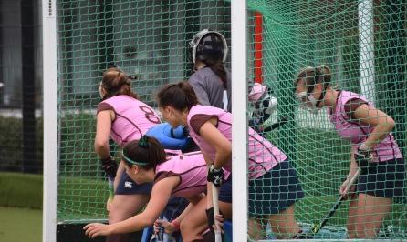 Teddington defend a short corner