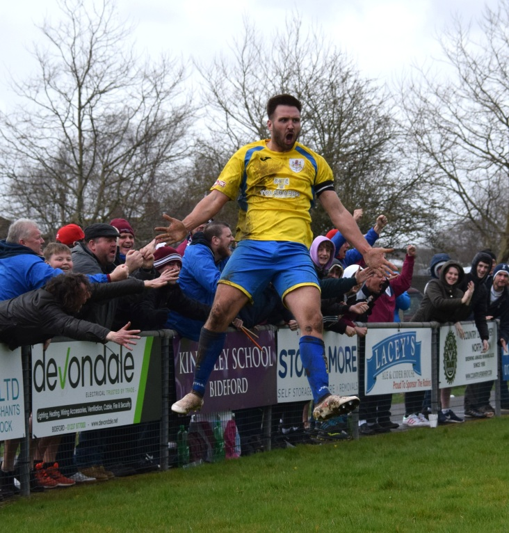 Matt Wright gets some top drawer celebrating in