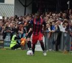Bradley Hudson-Odoi gets down the wing...