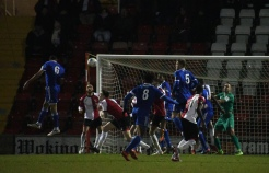 Thierry Audel heads at goal