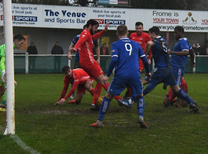 Ollie Robinson gets tackled