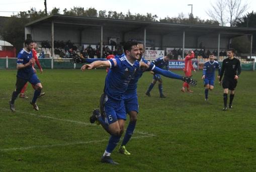 Ollie Robinson celebrates