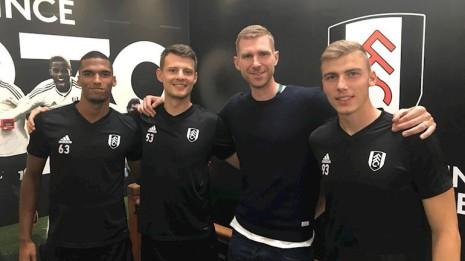 Moritz Jenz, Bertesacker, Mertesacker, and Mika Biereth